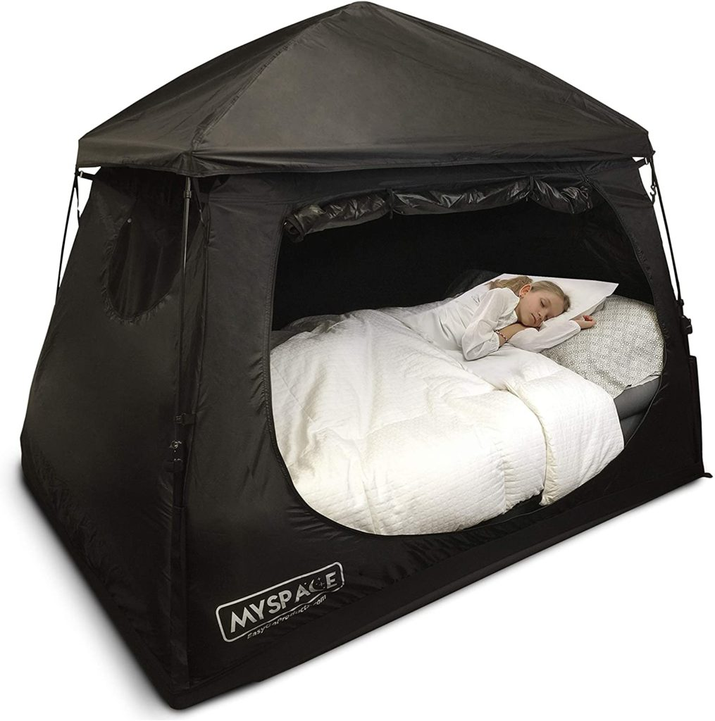 EasyGo Portable Privacy Space Daytime Play Indoor